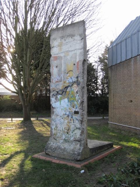 German Sch-Berlin Wall 5.3.13-45 (600x800) (480x640)