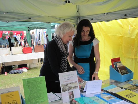Alyson & Diana, RLHS at Kew Fete